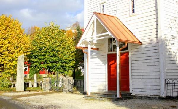 Framtida  til  Strandvik  kyrkje?