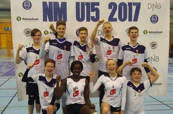 Historisk  NM-gull  til  Strandvik  gutar  15  (Os  &  Fusaposten)